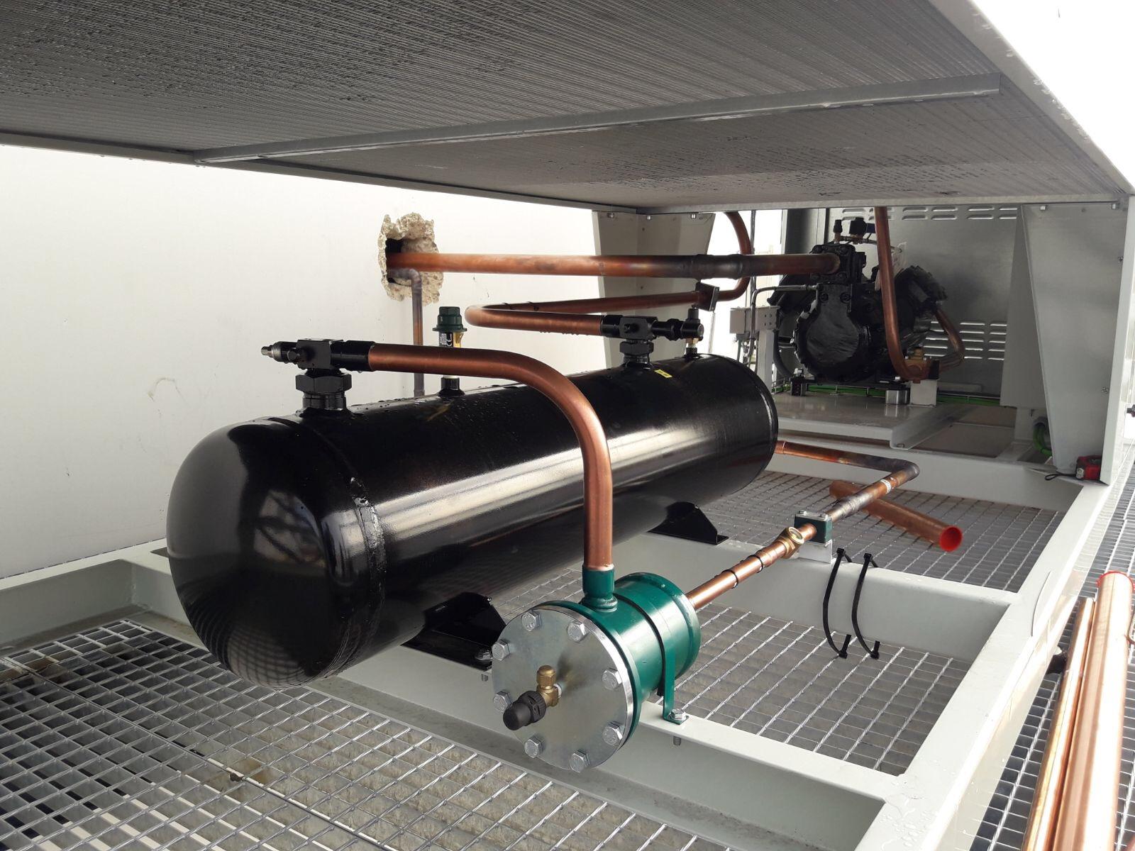 Unidad Condensadora Carrozada con compresor semihermético de 33 Cv. Refrigeración Industrial.